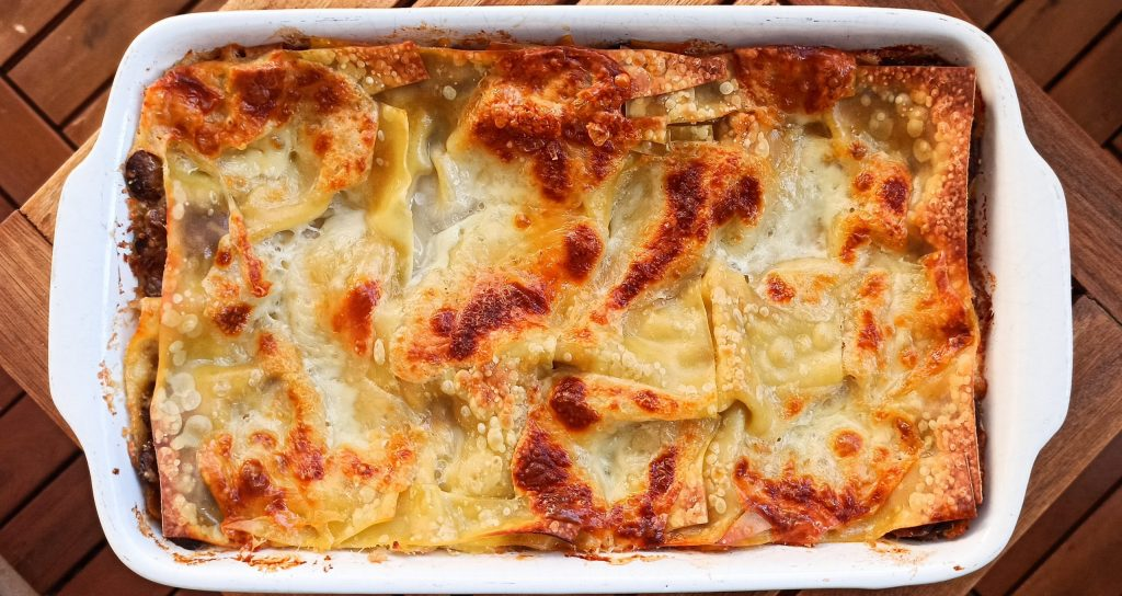 Šampiónové lasagne so štyrmi druhmi syra